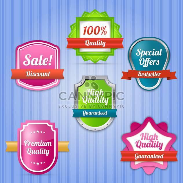 Vektor festgelegt auf gestreiftem Hintergrund mit bunten Etiketten für Verkauf - Kostenloses vector #130036
